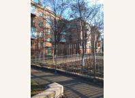 оголошення Хозяин сдает в центре 2 кв мира 77 сталинка переход